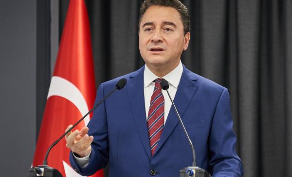 Ali Babacan Trabzon'daydı