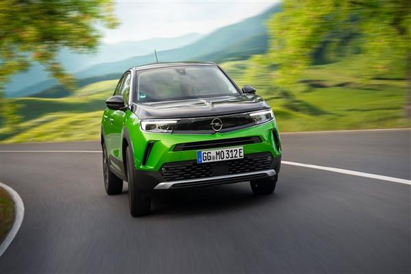 Opel Mokka-e Mart 2022'de Türkiye'de