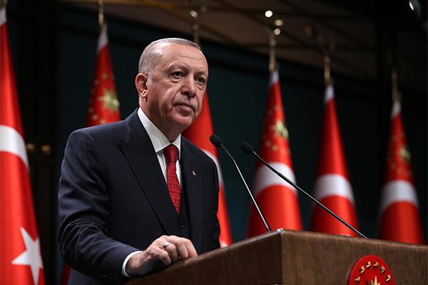 Cumhurbaşkanı Erdoğan: Türkiye'de burslu olarak okuyan Afgan öğrenci sayısı 1100
